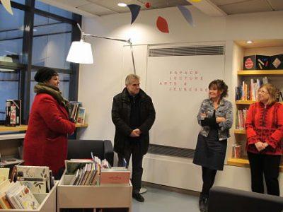 Nouveau relais lecture créé à la suite de de la fermeture de la bibliothèque de quartier Hauquelin. Installé à la bibliothèque du musée de Grenoble, le relais-lecture a été baptisé