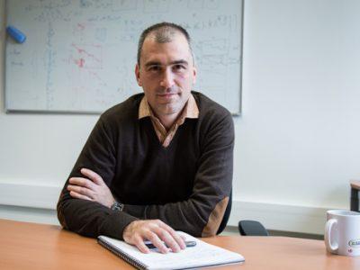 L'analyse des enjeux du fichier TES par Jean-Guillaume Dumas, co-directeur du master de Cybersecurité et professeur de mathématiques appliquées.