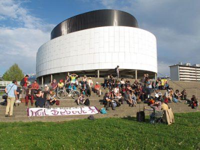 Dimanche 9 avril 2017, les militants de Nuit debout Grenoble fête leur un an. © Séverine Cattiaux – Place Gre'net