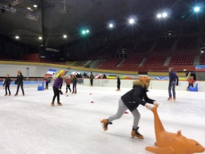 Patinoire éphémère au Palais des sport ex Stade de glace à l'occasion de l'anniversaire des 50 ans des JO de Grenoble. © Juliette Oriot - Placegrenet.fr