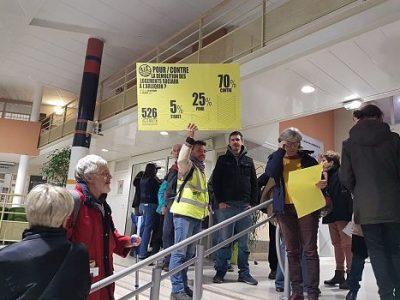 UNE Intervention inopinée des organisateurs du référendum d'initiative citoyenne