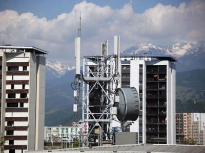Grenoble : un moratoire surprise contre les antennes 5G