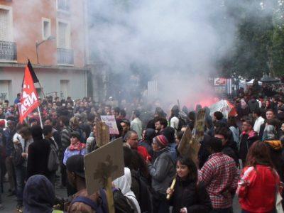 Près de 5 000 manifestants ont participé, ce mardi 1er mai à Grenoble, au traditionnel défilé de la Fête du travail sur fond de désunion syndicale.© Joël Kermabon - Place Gre'net