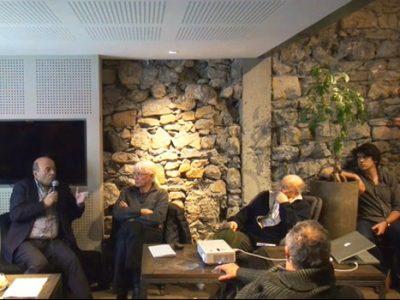 Débat Place Gre'net au Verre à Soi à Grenoble sur le téléphérique du Vercors transport par câble avec Yannick Boulard, maire de Fontaine
