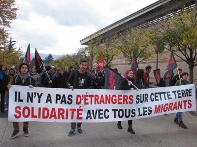 unemanifvendredi4novembremigrants© Séverine Cattiaux – Place Gre'net