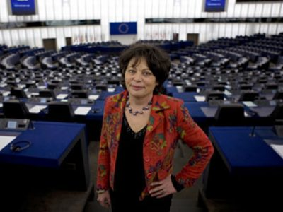 UNE Michele Rivasi Eurodeputee EELV Credit DR