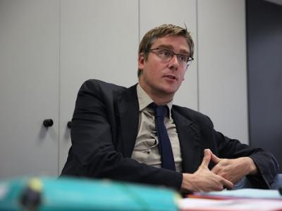 Depuis neuf mois, Olivier Noblecourt tâtait le terrain des élections municipales à Grenoble. L'ex-socialiste devenu délégué interministériel sort du bois.