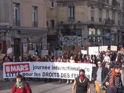 Manifestation pour la Journée internationale des droits des femmes ce 8 mars à Grenoble. © Joël Kermabon - Place Gre'net