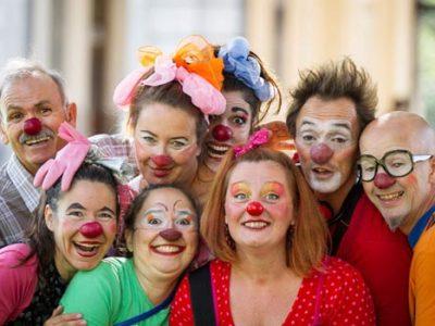 Soleil rouge clowns CHU Grenoble