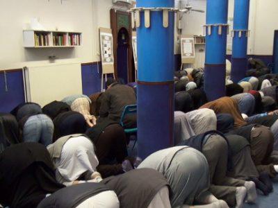 Prière à la mosquée de Teisseire. © Joël Kermabon - Place Gre'net