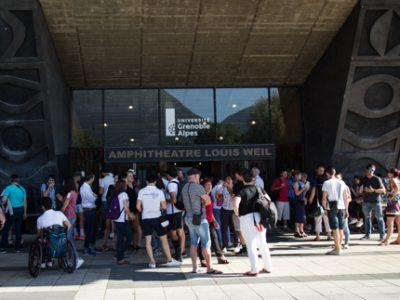 Des étudiants et sportifs de haut niveau sont mises à l'honneur à Grenoble, par le comité inter-universitaire du sport de haut niveau (CIUSHN) du site universitaire Grenoble Alpes ce jeudi 8 juin. © Yuliya Ruzhechka - Place Gre'net