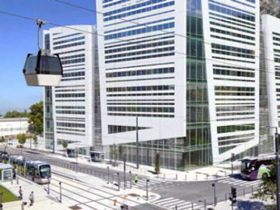 A Grenoble, sans surprise, le Métrocâble sera conçu, réalisé et exploité par le groupement isérois Poma. Un lourd investissement au regard des capacités.