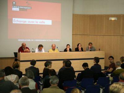 Un toit pour tous et la Fondation Abbé Pierre organisent une série de conférences pour leur présentation 2018 de l'état du mal-logement en Isère.