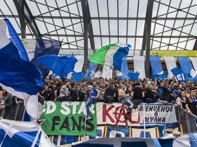 Les supporters du Grenoble Foot 38 (GF38) au stade des Alpes en mai 2017. © Archive Chloé Ponset