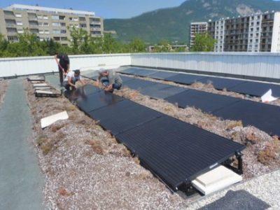 Une panneaux solaires