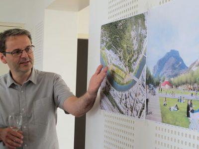 Le projet de futur quartier de l'Esplanade de Grenoble se précise. Il est présenté aux habitants qui ont jusqu'à octobre prochain pour se prononcer.UNE Vincent Fristot, adjoint à l'urbanisme de Grenoble présente le projet d'aménagement de l'Esplanade, soumis à la concertation de juin à octobre 2017. © Séverine Cattiaux - Place Gre'net