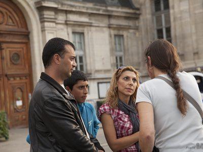 La famille Vardanyan devant la préfecture, lors de la manifestation du 22 octobre dernier.