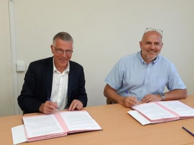 Walter Monnet, Directeur général de l'association Entraide Pierre Valdo et Stéphane Duport-Rosand, Directeur général d'Actis -UNE