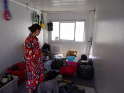 Latifa Talha a été expulsée de l'Algéco qu'elle habitait au 85 cours de la Libération depuis décembre. Crédit photo : Samuel Ravier.