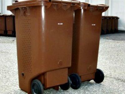 déchets alimentaires poubelles marrons couv