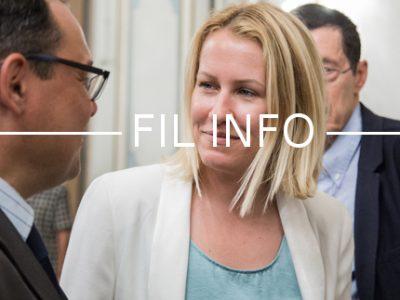 La députée de l'Isère Émilie Chalas inaugure un cycle de permanences mobiles sur les places et marchés de sa circonscription. La forme en attendant le fond?