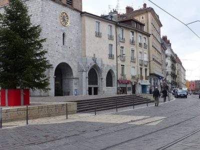 Place Notre-Dame. ©Leo Graff - Placegrenet.fr