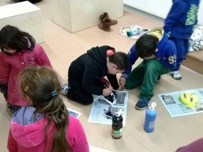 La scolarisation des enfants, une des priorités de Roms Action.