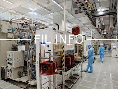 STMicro investit un milliard de dollars essentiellement sur son site de Crolles pour fabriquer des puces électroniques pour la firme US Apple.
